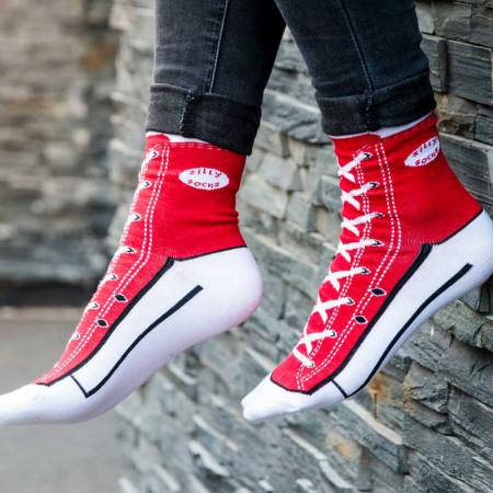 Chaussettes style baskets rouges tailles 37 à 45
