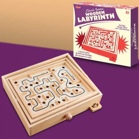 Labyrinthe en bois